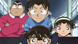Rating: Safe Score: 7 Tags: animated artist_unknown character_acting detective_conan lupin_iii lupin_iii_vs_detective_conan User: YGP