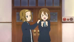 Rating: Safe Score: 35 Tags: animated artist_unknown character_acting k-on! smears User: mtobob